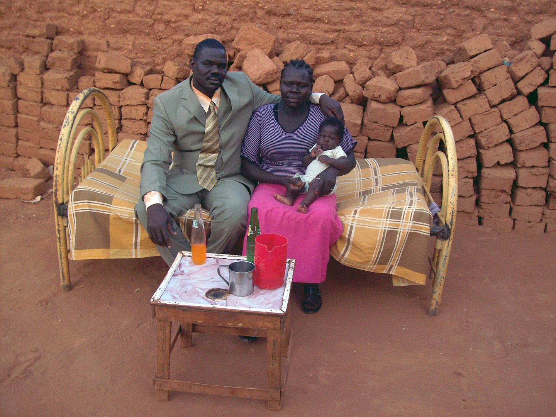A Sudanese family. Courtesy Yaunis Andini